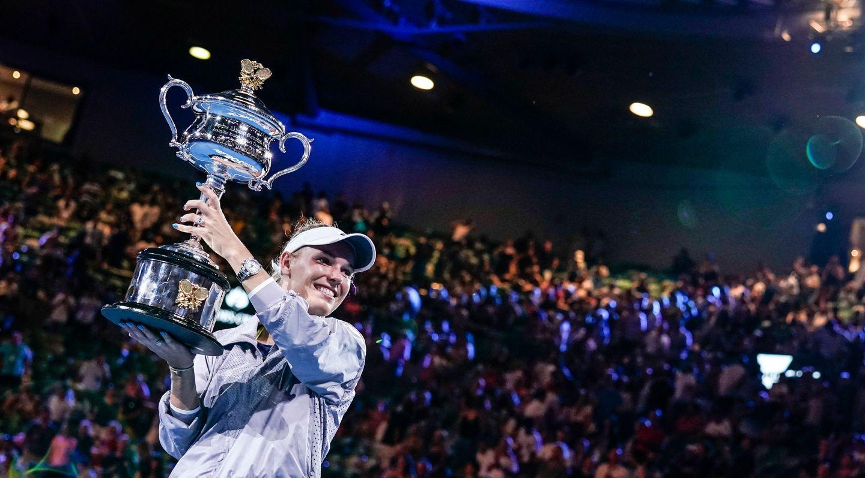 [推荐]沃兹尼亚奇宣布澳网后退役